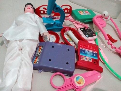 mainan anak anak perempuan masak-masakan, aneka mainan anak perempuan, mainan anak perempuan salon, mainan anak perempuan boneka, mainan anak perempuan bukalapak, mainan anak perempuan kekinian