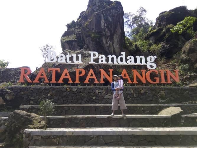 wisata batu pandang dieng, gardu pandang dieng, wisata dieng, wisata yang hits di dieng, tiket wisata dieng, fasilitas wisata dieng, penginapan murah di dieng,