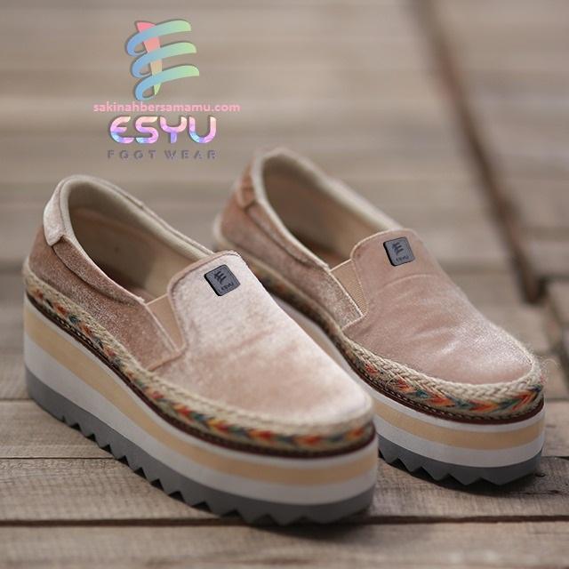 sepatu wanita gaya korea, sepatu wanita gemuk,sepatu wanita hak, model sepatu wanita kekinian, sepatu wanita jaman sekarang