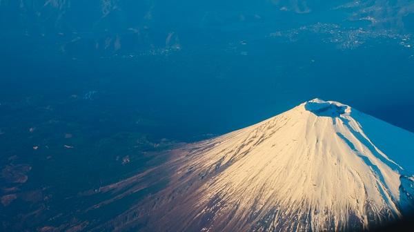gambar pemandangan gunung yang indah, gunung pemandangan gunung dan pantai, gambar pemandangan gunung di jepang