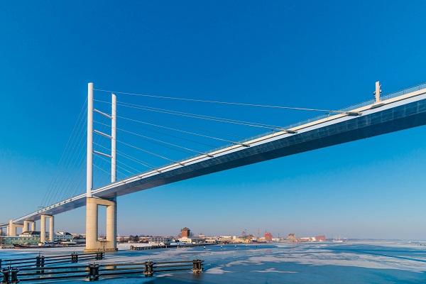 gambar pemandangan jembatan eropa, gambar pemandangan jembatan panjang, gambar pemandangan jembatan keren
