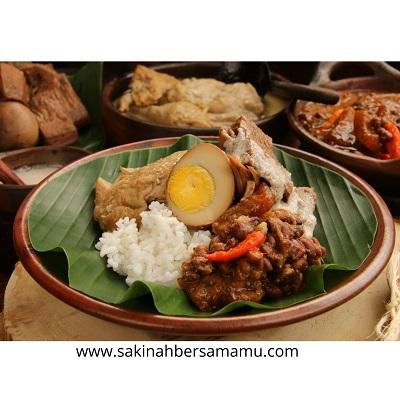 www.sakinahbersamamu.com, makanan khas jogja, gudeg jogja, makanan khas yogyakarta, makanan khas jawa yang terkenal